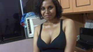 Slutty hindi speaking wants her sisters bfs penis