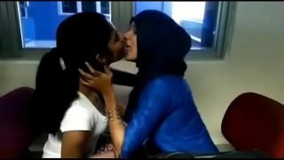 Indian kerala mallu woman students college campus kiss by kiss