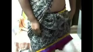 Desi Indian Aunty Masturbating